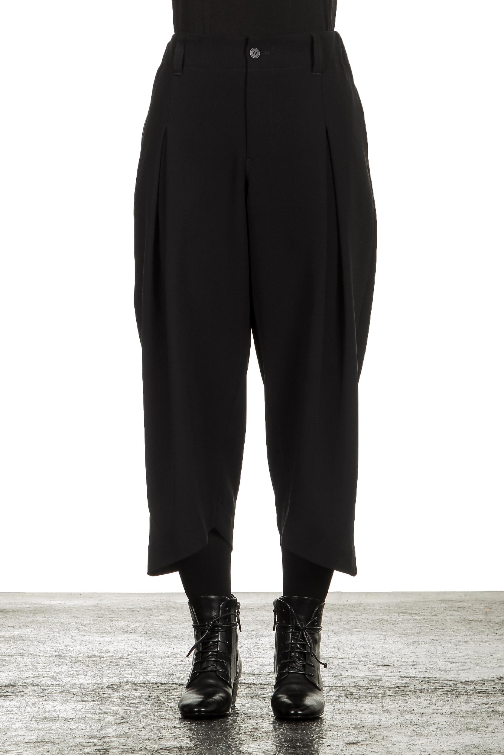 Hosen - Issey Miyake Damen 7 8 Hose mit hohem Bund schwarz  - Onlineshop Luxury Loft