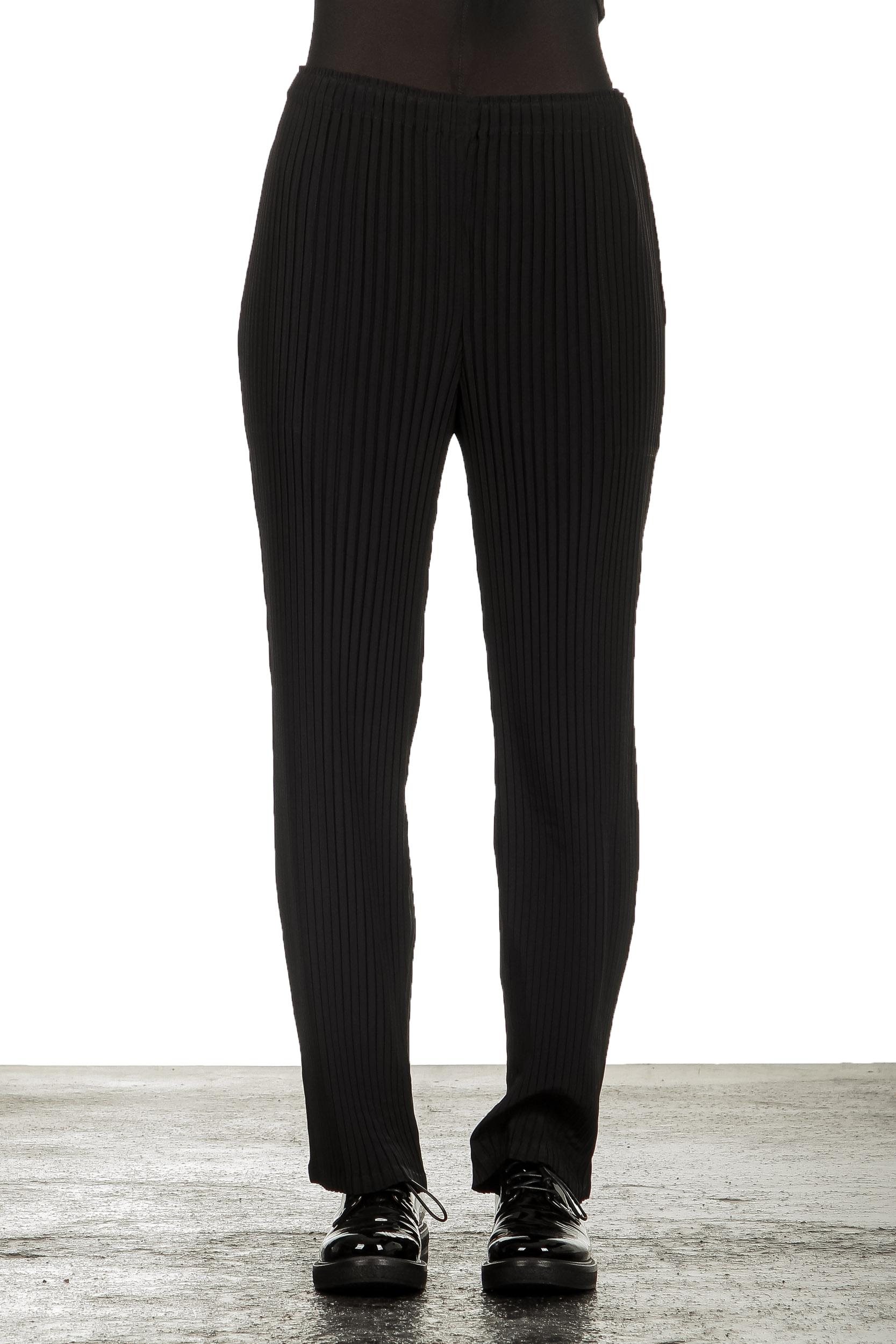 Hosen - Issey Miyake Damen Plissierte Hose schwarz  - Onlineshop Luxury Loft