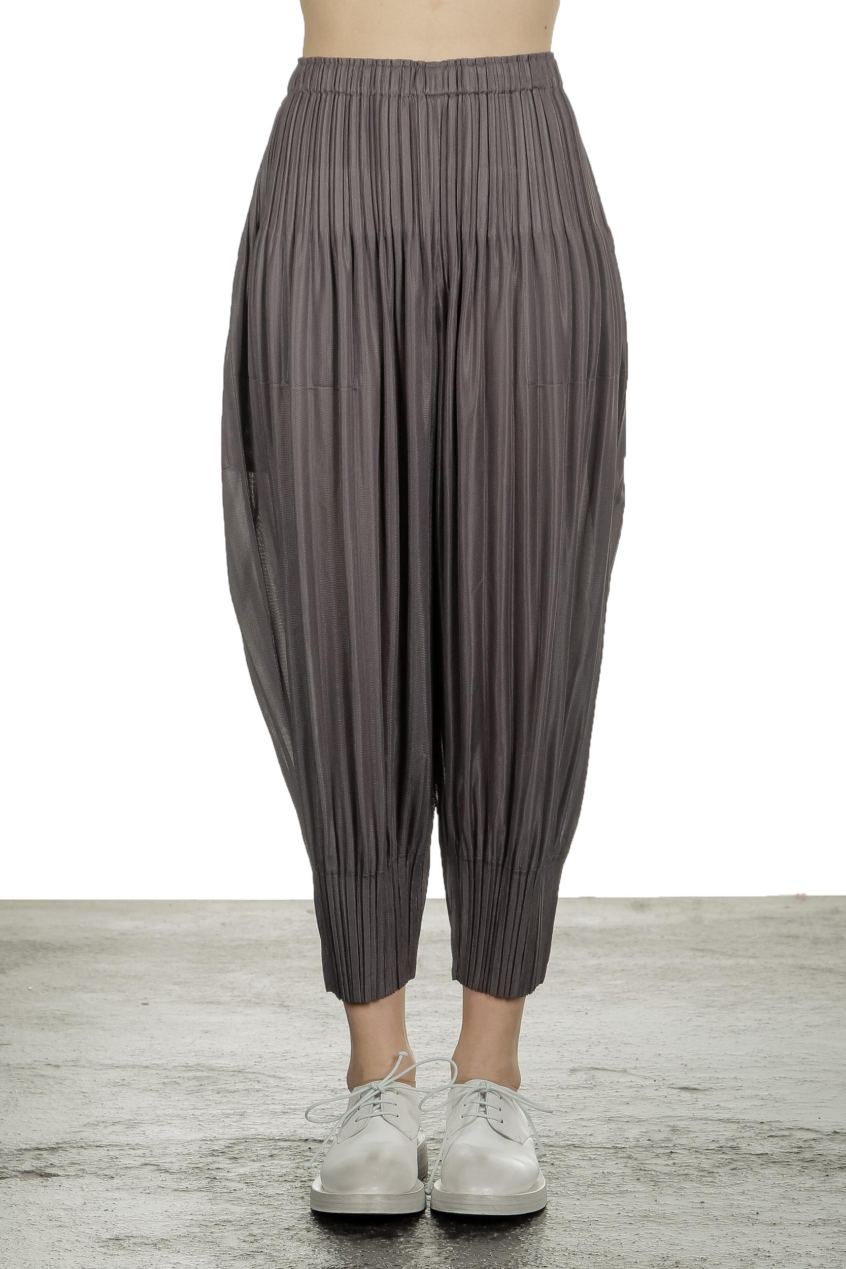 Hosen - Pleats Please Issey Miyake Damen Plissee 7 8 Hose grau  - Onlineshop Luxury Loft