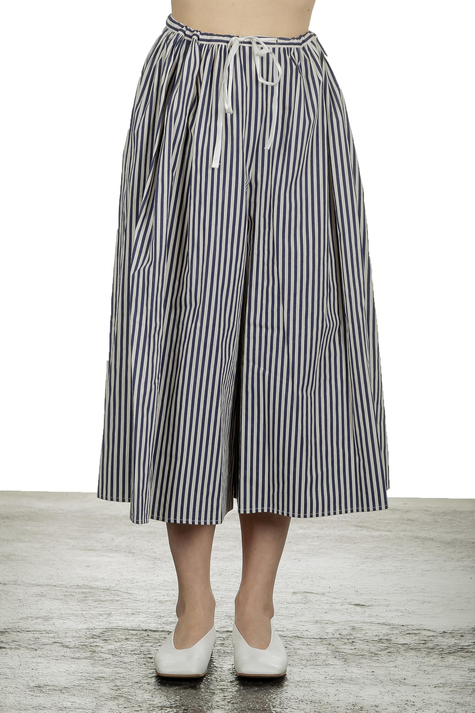 Hosen - Apuntob Damen 7 8 Hosenrock mit Streifen blau weiß  - Onlineshop Luxury Loft