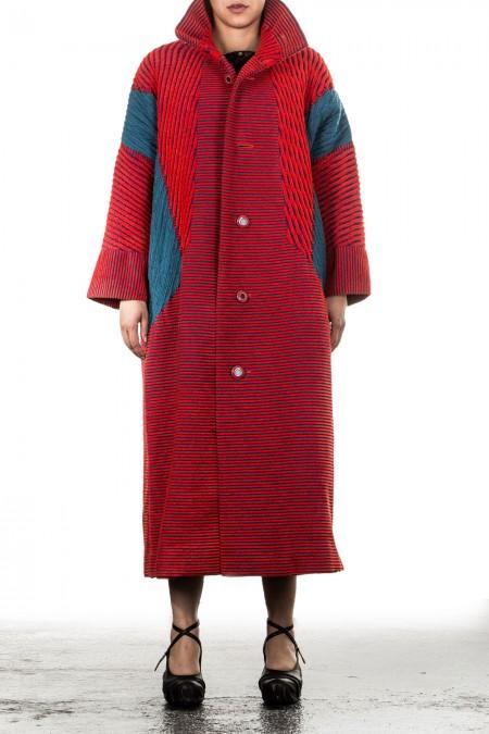 Issey Miyake Damen Mantel rot blau
