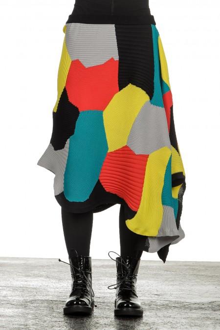 Issey Miyake Damen Avantgarde asymmetrischer gestrickter Rock mehrfarbig