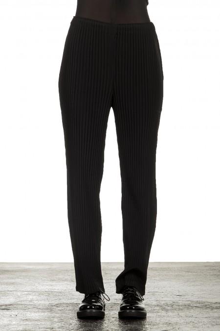 Issey Miyake Damen Plissierte Hose schwarz
