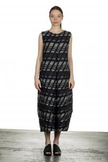 Issey Miyake Damen Plissiertes Kleid mit Print mehrfarbig